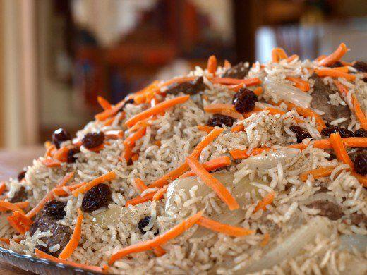 Qabili Palau Recipe (Afghan Rice with Lamb, Carrots and Raisins)
