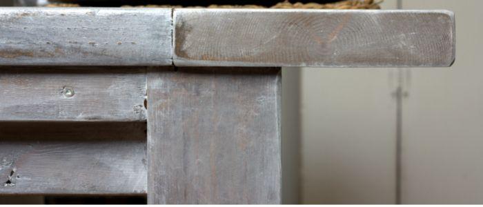 Ana White Farmhouse Table - http://akadesign.ca/ana-white-farmhouse-table/
