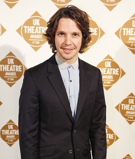 Is the Irish Actor Damien Molony Dating? Know about his Personal Affairs