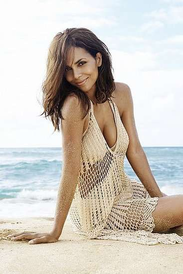 Halle Berry Didn't Bring a Towel to the Beach