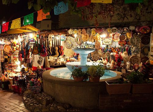 Olvera Street in Los Angeles - 5 Famous Must-See Places in Los Angeles