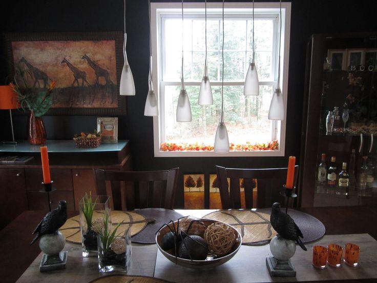 Table et corbeaux