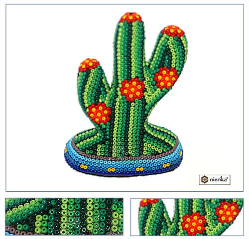 Arte Huichol (Wixarika) - Cactus mini forrado de chaquiras