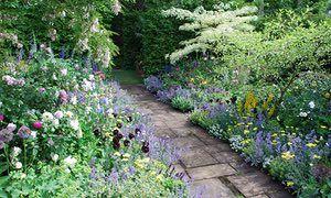 '100 years of Hidcote Manor', The Chris Beardshaw Show Garden, RHS Chelsea Flower Show 2007