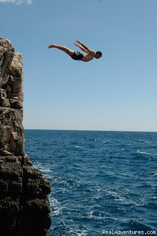 73 best awesome cliff diving images on pinterest cliff diving cliff jump and extreme sports - Highest cliff dive ...