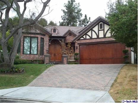la canada flintridge lesbian singles This single-family home is located at 4435 alta canyada road, la canada flintridge, ca 4435 alta canyada rd is in the 91011 zip code in la canada flintridge, ca 4435 alta canyada rd has 3 beds, 2 baths, approximately 1,654 square feet, and was built in 1949.
