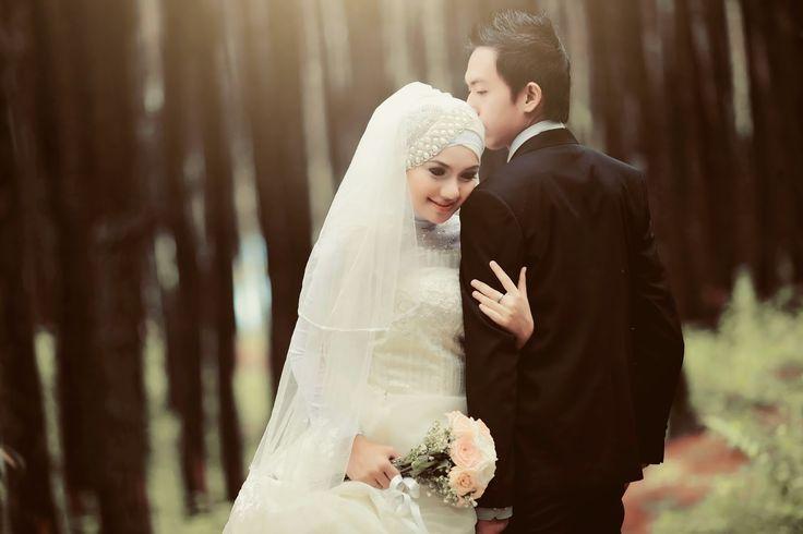 Amry Sophia Professional Make Up Artist, Wedding & Pre Wedding Yogyakarta
