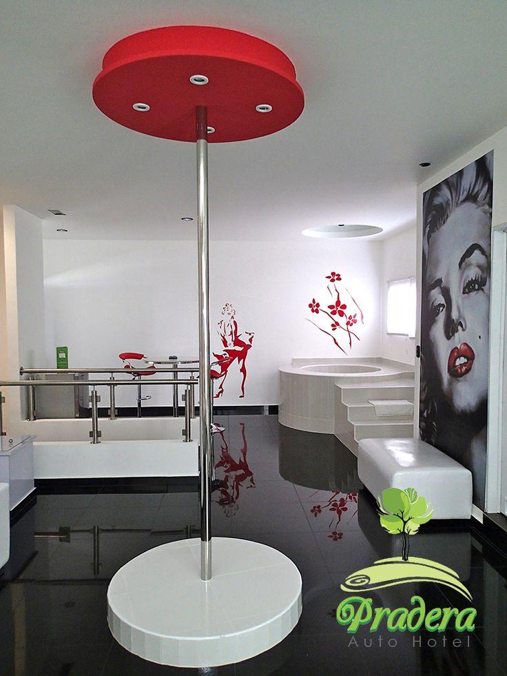 """Solo en Pradera Auto Hotel: Marilyn Suite con jacuzzi, sauna, bar, cable, Surround Sound System, DVD, LCD de 48"""" y mas."""