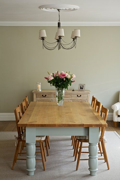 Farrow & Ball: Dining Room walls in Clunch No.2009, ceiling in All White No.2005 and woodwork in Wimborne White No.239 | Estate Emulsion & Estate Eggshell - See more at: http://us.farrow-ball.com/dining-room-inspiration/content/fcp-content#sthash.ZId9nmOR.dpuf