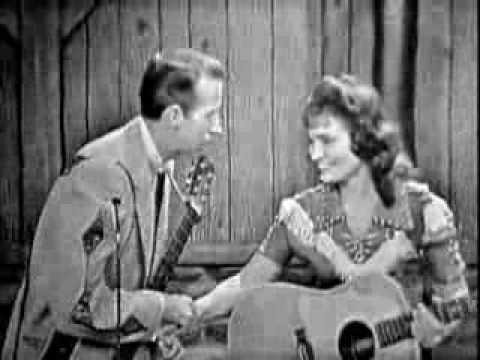 Loretta Lynn on The Porter Wagoner Show. Success & World of Forgotten People