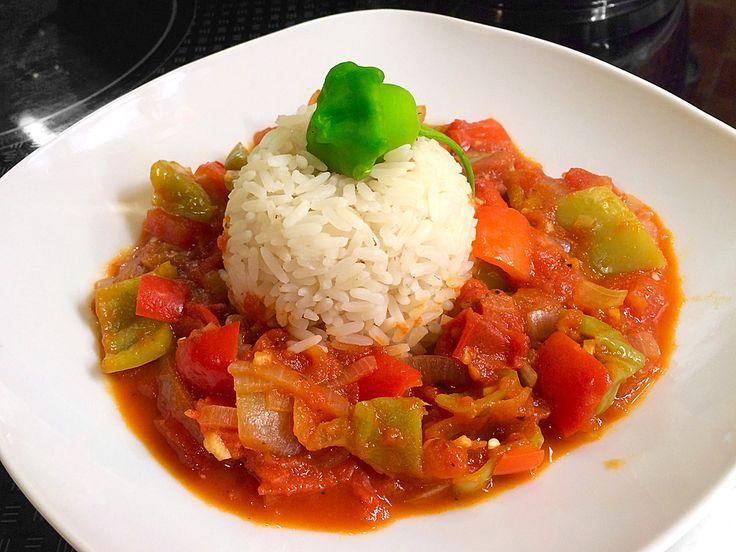 Letscho - Variante, ein schönes Rezept aus der Kategorie Gemüse. Bewertungen: 30. Durchschnitt: Ø 4,5.