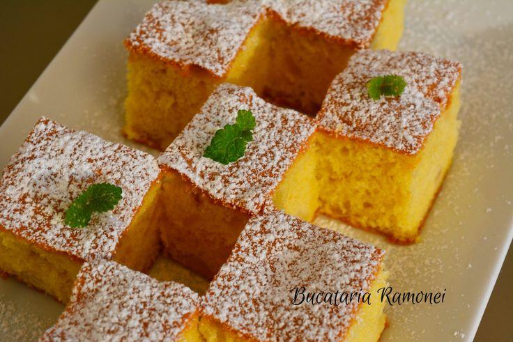 Esti pregatit pentru un desert pufos si gustos cu mere in compozitie? Daca da, gasesti reteta dand click pe link: http://bucatariaramonei.com/recipe-items/prajitura-pufoasa-cu-mere/