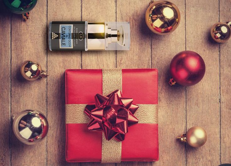 The Wonder Caviar Eye Contour Cream by LR Wonder would be a great surprise under the christmas tree! Online exclusive via Look Beautiful