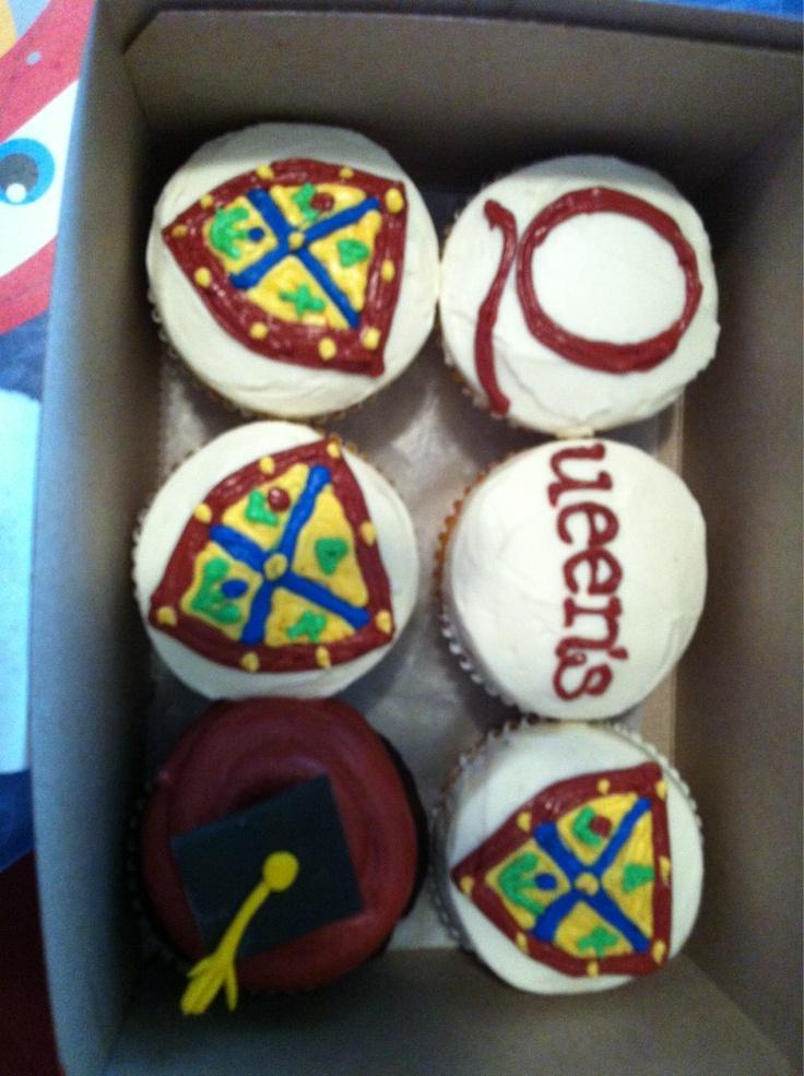 Queen's Convocation Cupcakes!