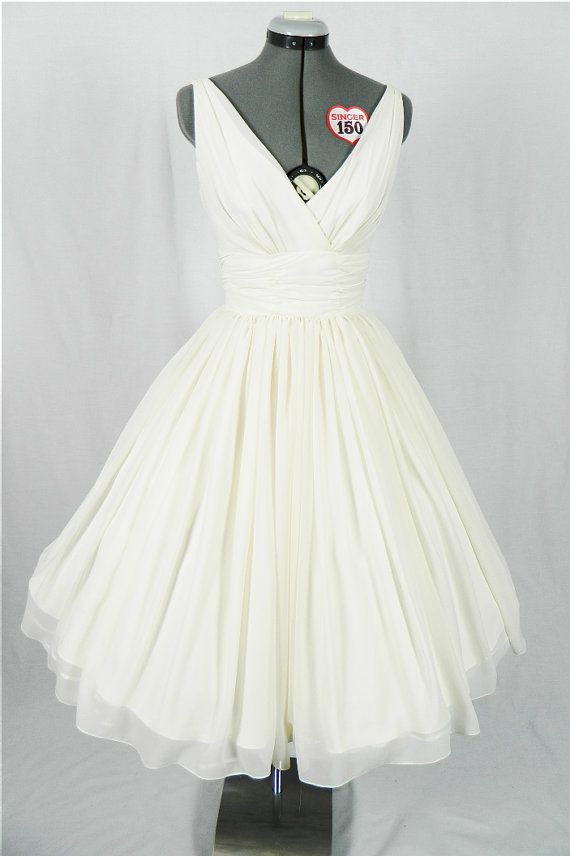 Simple and elegant 50s style dress with Ivory by elegance50s