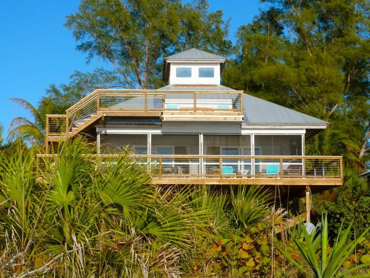 Hibiscus House Beachfront Bliss on the Gulf! UPDATED