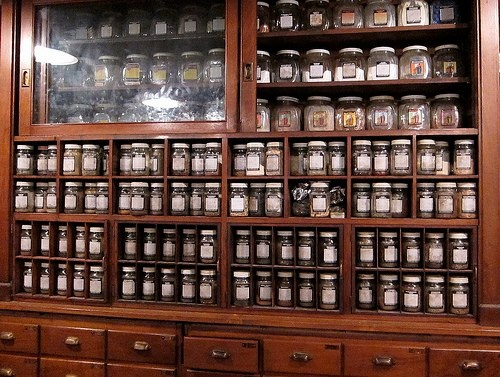 330 best Apothecary images on Pinterest | Apothecaries, Box and ...