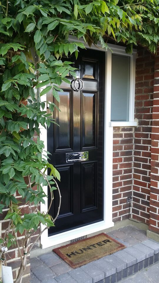 Georgian Door in Gloss black with polished chrome hardware
