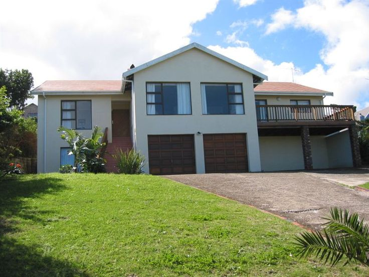 Brenton on Sea Views - Brenton on Sea Views is a double-storey brick house with a lovely street appeal.  The house accommodates nine guests in four double bedrooms.  It is located 1 km from the beach and it has fantastic sea ... #weekendgetaways #brenton-on-sea #southafrica