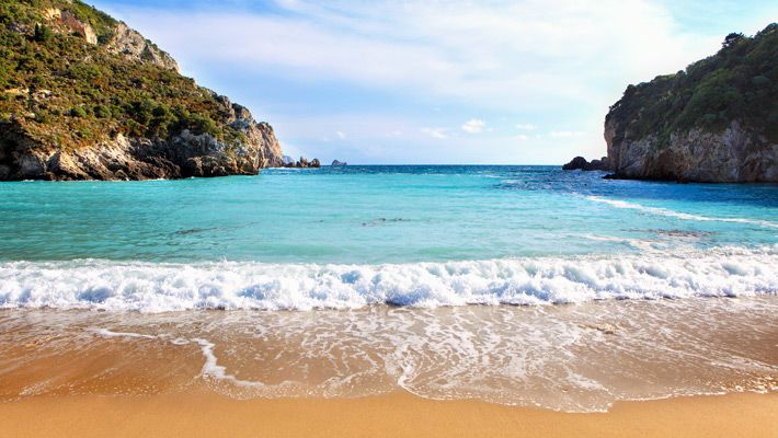Plaja Paleokastritsa din Corfu