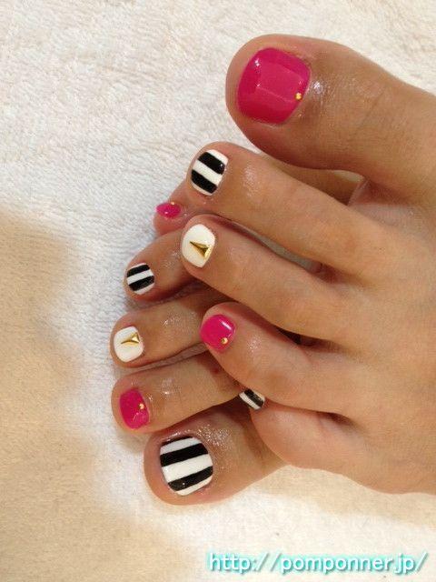 Pink Black White Gold Stripes Toe Nail Art Pedicure Cute Toenails