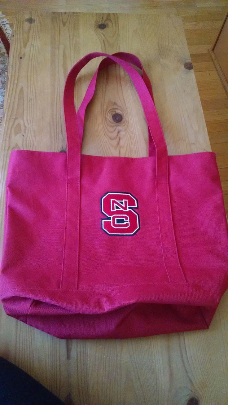 Red NCSU Handbag under $10 for Christmas gifts http://www.inspiringyououtfits.com/product-page/2f7f8c5e-616b-fb34-5704-80656d11524e