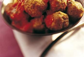 Kjøttboller i tomatsaus til tapas | Meny