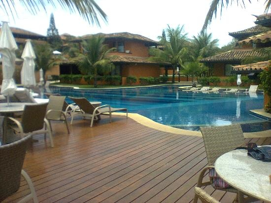 There are numbers of tourist visit Ferradura Resort  in Brazil.