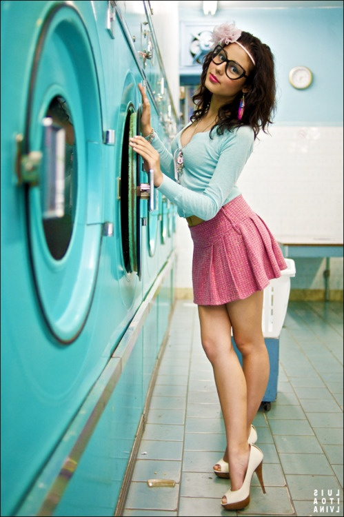 laundry mat modern pinup