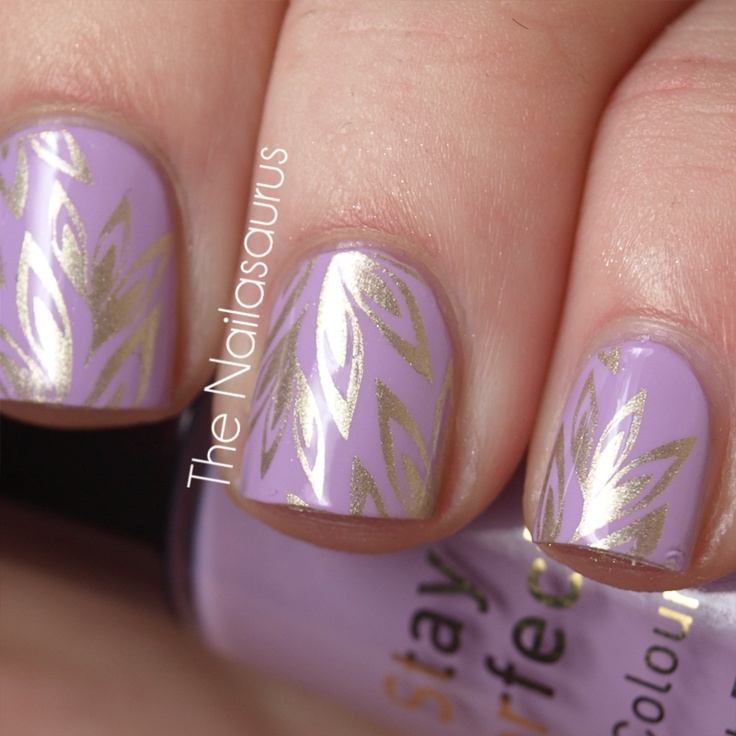 Stamping Plate: Bundle Monster BM210, Base Colour: No7 Lucky Lilac, Stamp Colour: Barry M Gold Foil