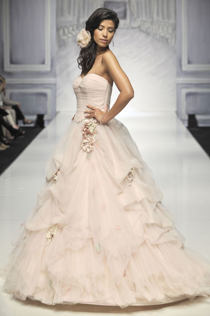 Spectacular Ian Stuart Bride Designer wedding dresses Cuvee Rose