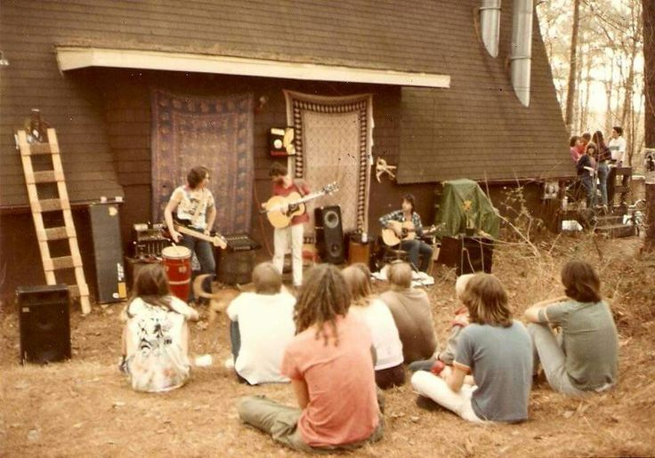 On this day in 1985, a few lucky fans in Athens, GA get to witness the genesis and blossoming of an almost Widespread Panic!! Widespread Panic | 2/24/85  A-Frame, Weymanda Court, Athens, GA  1: Fire on the Mountain, Feelin' Alright > Sugaree > Dirty Business, No Sugar Tonight/New Mother Nature, Heathen, Not Fade Away > The Other One > Not Fade Away, Brown Eyed Girl  2: Let's Get The Show On The Road, Sleepy Monkey, Burnout Man, Fire on the Mountain, Dear Mr. Fantasy, Nights In White Satin…