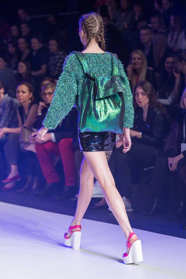 Nasze buciki na wybiegu <3   http://born2be.pl/rozowe-sandaly-painted-pink-platform-sandals    Fashion Week 2015. Designer Avenue: Klaudia Markiewicz [ZDJĘCIA] - Dzienniklodzki.pl
