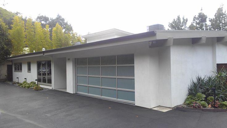 Glass garage door la casa futura pinterest glass for 11 x 7 garage door
