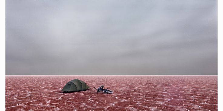 Photographer @Murray Fredericks took sixteen solo trips over eight years to the center of Lake Eyre in Australia, the largest lake in the country and one that forms salt flats every year when the water evaporates. These salt flats provide a perfectly flat, featureless landscape that extends to infinity in every direction, and allow for beautiful abstract photographs