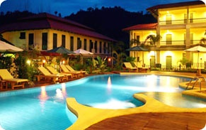 Suwan Palm Resort      Hotel Area : Bang Niang Beach     Location : On Beach  Traveler Review :    (0 from 5)    Start Rate : 1,080 THB