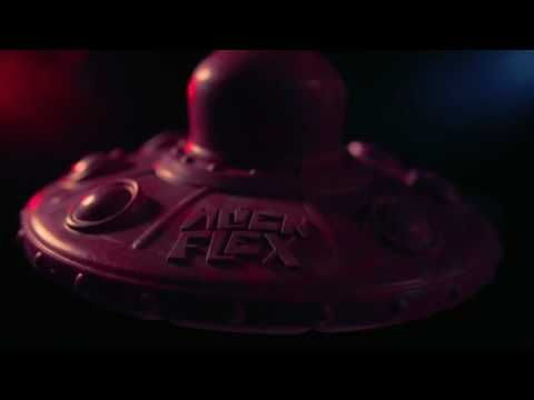 ZeeDog Alien Flex Platillo Volador - YouTube