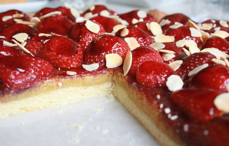 Tarte fraise-amande