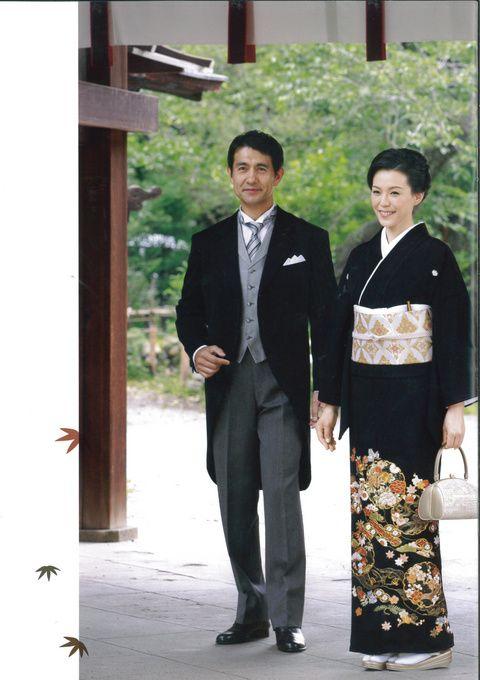 落ち着いた上品な衣装。結婚式で着る親族衣装まとめ。ウェディング・ブライダルの参考に。