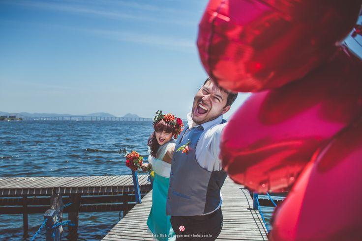 #peppermintstudio #fotografia #photography #fotografa #photographer #evento #wedding #civil #cartorio #wedding #casal #couple #family #familia #amor #love #noivos #groom #bride #noivo #noiva #ensaio #photoshoot #retro #baloes #baloons #pier #inspiration #inspiracao