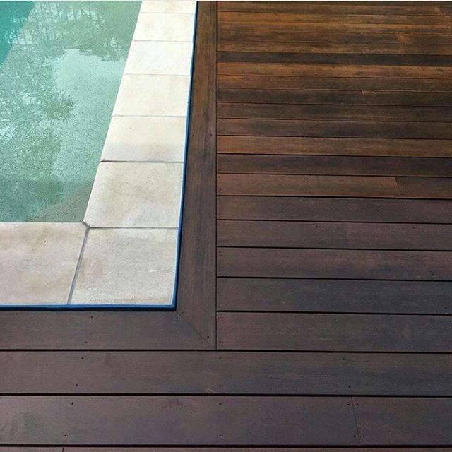 Who else is a fan of running a nosing board around the perimeter of decks to give extra clean lines? 👌📐🔨@Alex_kitching #ProudChippy #ChippyLife #CarpentryAustralia #decking #outdoorliving