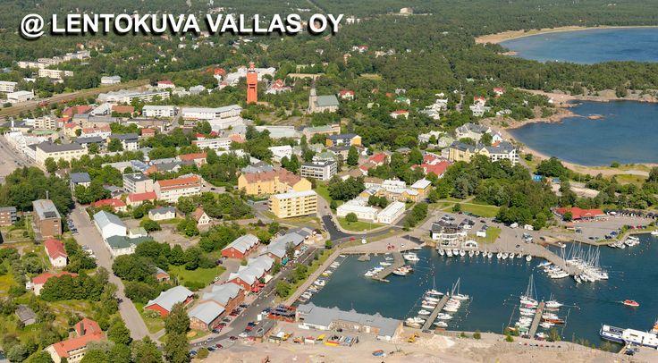 Hangon sataman aluetta ja kaupunkia Ilmakuva: Lentokuva Vallas Oy