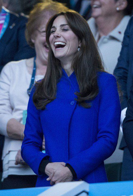 GALLERY: Kate, William and Harry enjoy England rugby victory | Royalista