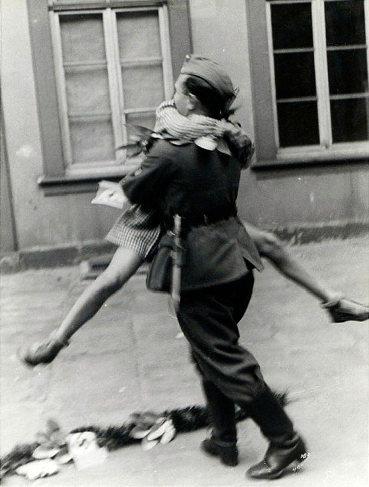 L'Amour en Temps de Guerre (9)