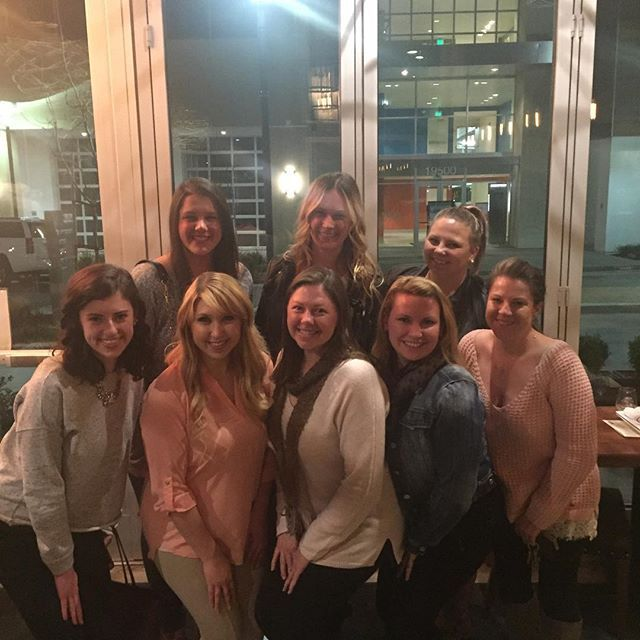 We had a great time at our Wine Wednesday Welcome event last night! We loved getting to meet and chat with everyone! 🍷🥂🎉👯 #winewednesday #sccdzalumnae #deltazeta #SCCDZA #deltazetaalum