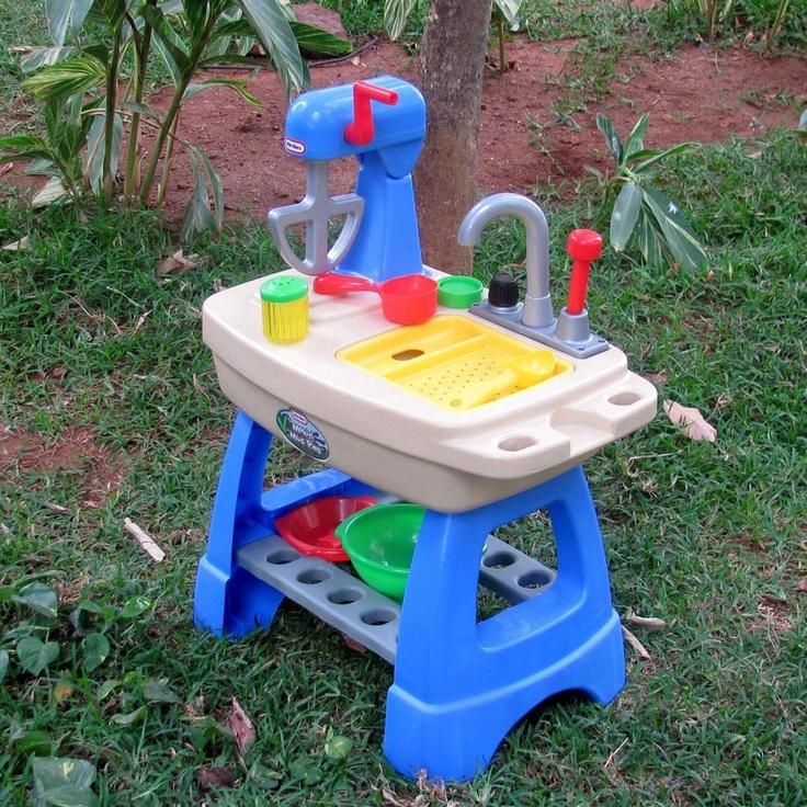 Little Tikes Toys U003e 24m+ U003e Makinu0027 Mud Pies | VIDEO