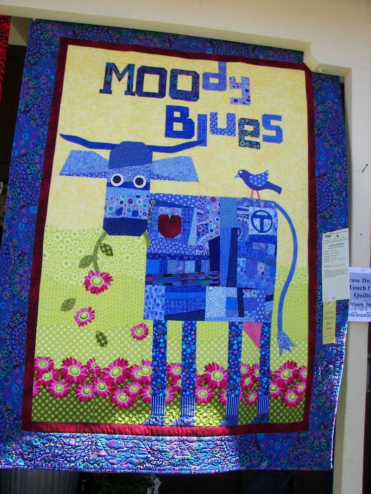 """Moody Blues,Sisters Quilt show 2013 -variation of """"The Purple Cow pattern by Mary Lou Weidman Melanie McFarland"""