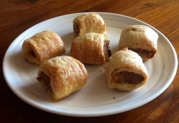 Basic Sausage Rolls - Real Recipes from Mums