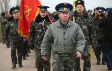 Russia tightens hold on Crimea with 16,000 troops - CBS News