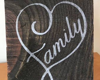 Family heart wood sign
